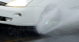 Aquaplaning: How Wet Surfaces Actually Influence Your Driving