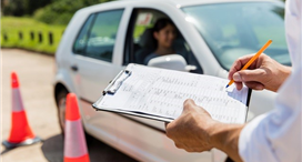 Choosing the Best Driving School